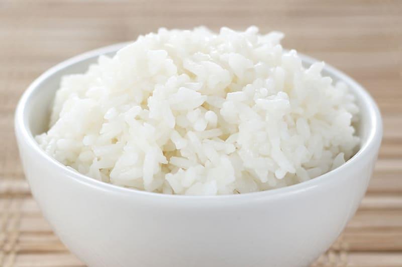 1 chén cơm bao nhiêu calo? Ăn nhiều cơm có sợ béo không?