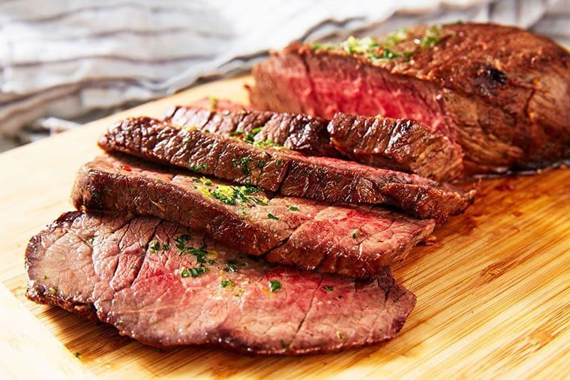 100g thịt bò bao nhiêu calo? Ăn thịt bò có những lợi ích gì?