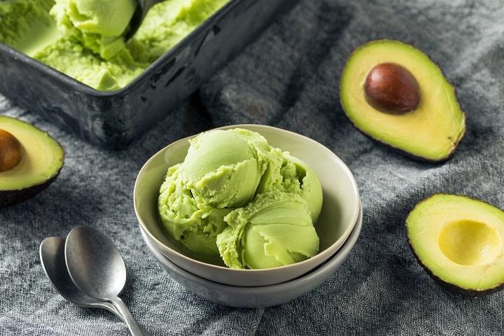 Một ly kem bơ còn gì tuyệt vời hơn cho ngày hè của bạn