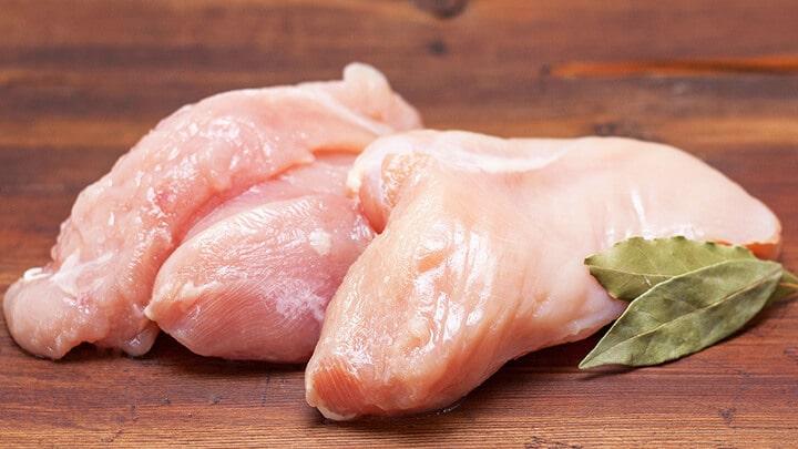 Ức gà - Loại thực phẩm giàu protein mà bạn nên ăn trước khi tập gym buổi sáng