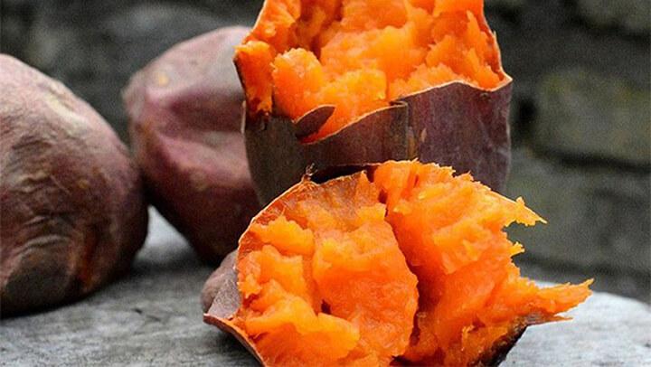 Bạn có thể ăn khoai lang giảm béo thường xuyên trong các bữa ăn