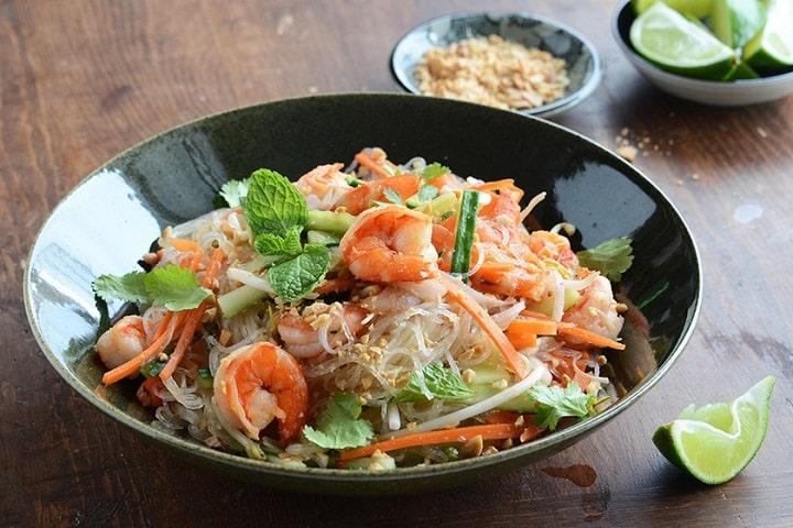 Thay đổi khẩu vị bữa ăn với món miến trộn rau củ