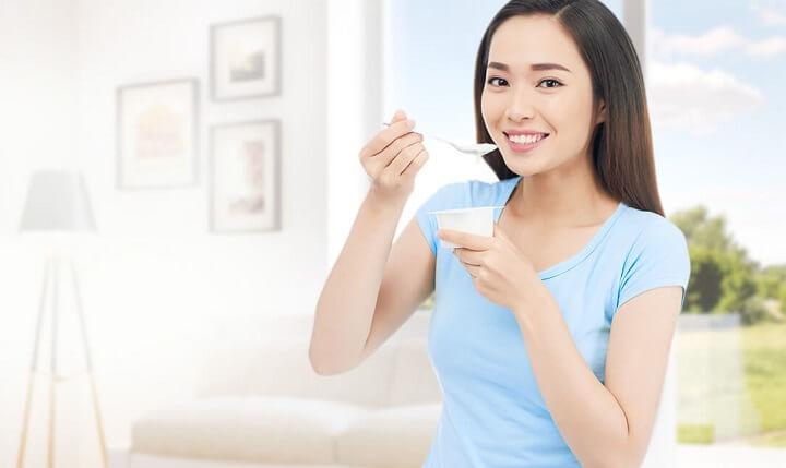 Ăn sữa chua buổi tối rất tốt cho sức khỏe