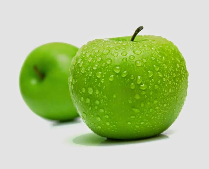 Ăn 1 quả táo xanh trước bữa sáng giúp bạn giảm cân dễ dàng hơn