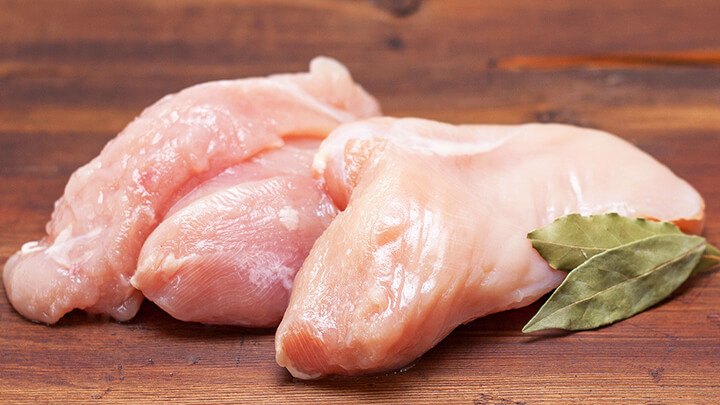 Ăn thực phẩm gì để giảm mỡ bụng - Ức gà