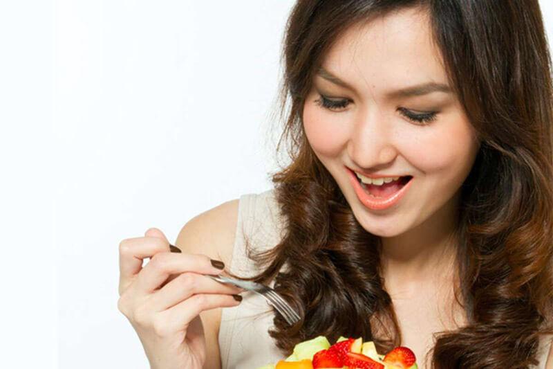 Sau khi ăn xong nên làm gì để bụng không to, tránh béo bụng?