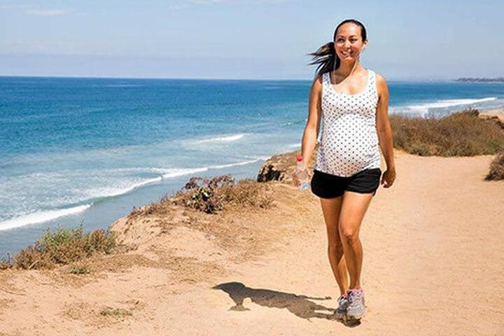 Bước vào giai đoạn 3 tháng giữa thai kỳ mẹ bầu di chuyển có phần thoải mái hơn.