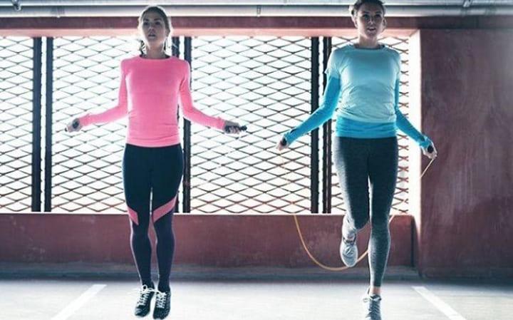 Bài tập nhảy dây giảm mỡ bụng