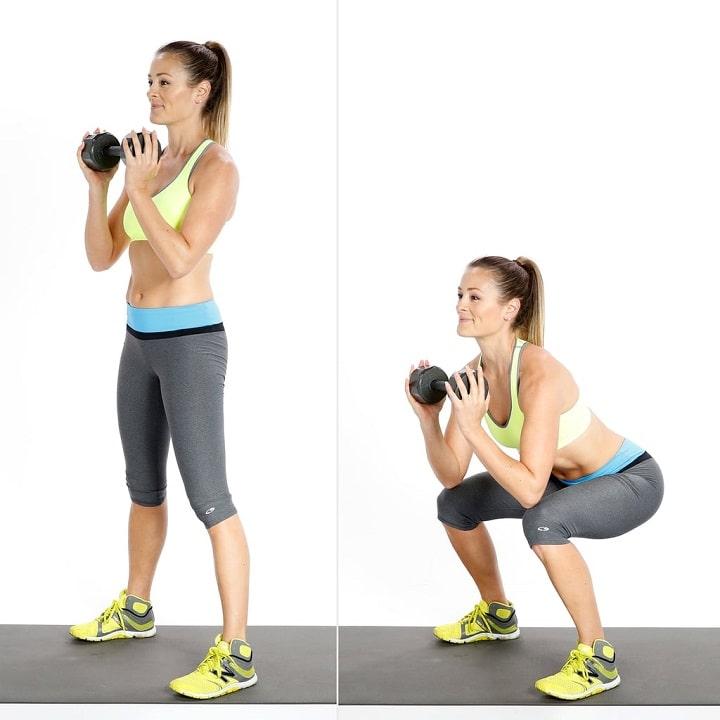 Bài tập squat tạ tay cho vùng hông và bụng được săn chắc