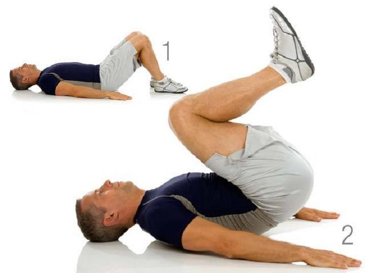 Reserve Crunches tác động lên toàn bộ các cơ bụng của bạn