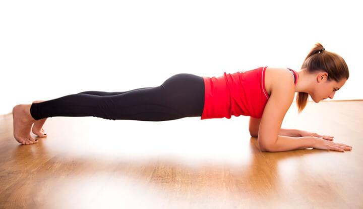 Cơ bụng dưới săn chắc hơn nhờ Plank