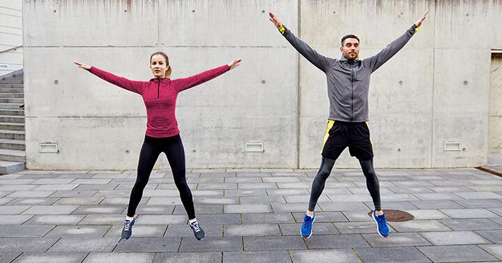 Bài tập này giúp nam giới không chỉ giảm kích thước bụng dưới mà còn săn chắc đôi chân của mình