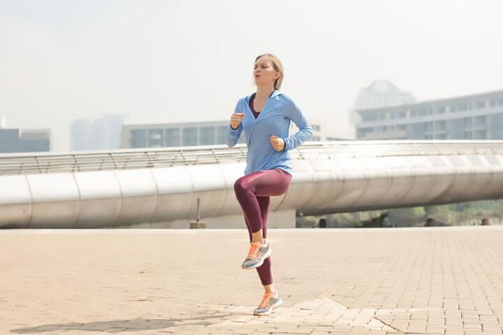 Bài tập chạy bộ tại chỗ hỗ trợ đốt cháy mỡ thừa toàn thân hiệu quả