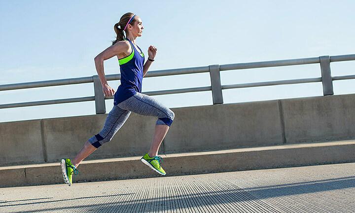 Chạy bộ đòi hỏi sức bền cũng như thể lực tốt, là cách xoá tan stress lo âu