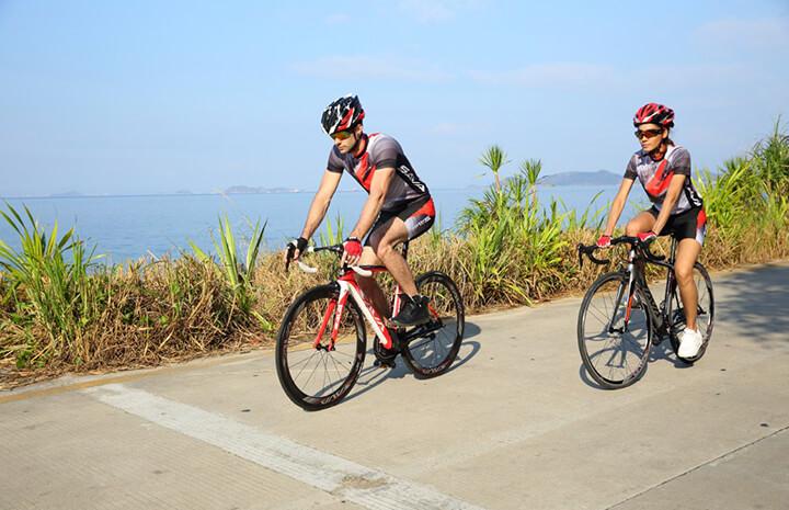Đạp xe đạp là cách hoà mình vào thiên nhiên, giúp thư giãn tối đa