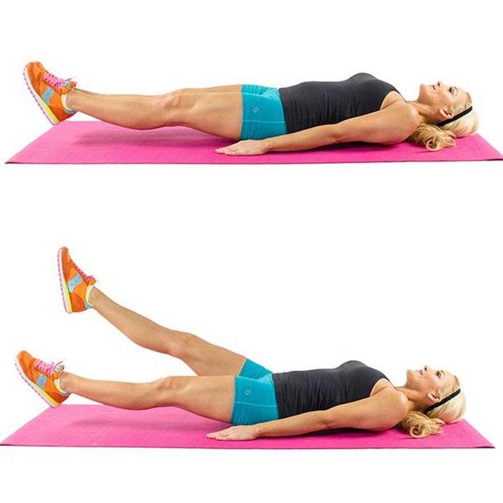 Tư thế đá kéo giúp kẽo giãn cơ chân một cách hiệu quả
