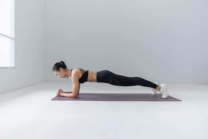 Bài tập Plank giúp đốt cháy mỡ thừa, giảm cân hiệu quả