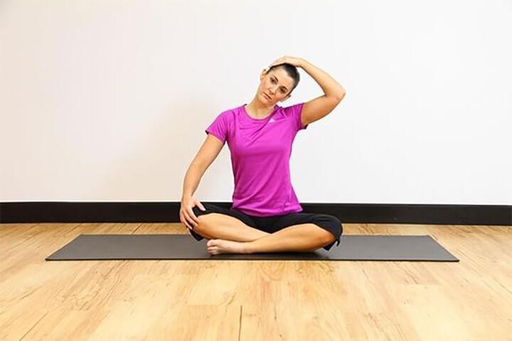 Bài tập giãn cơ cổ phù hợp với nhiều đối tượng