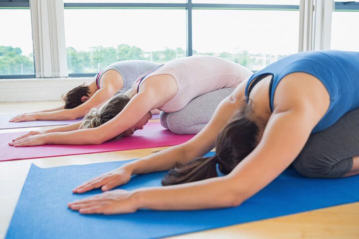 Tư thế yoga đứa trẻ là động tác tập phổ biến ở nhiều phòng tập yoga