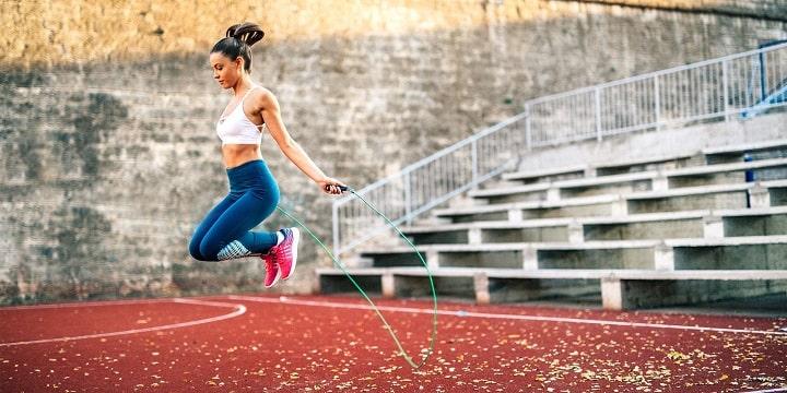 Nhảy dây giúp săn chắc cơ đùi và cơ mông