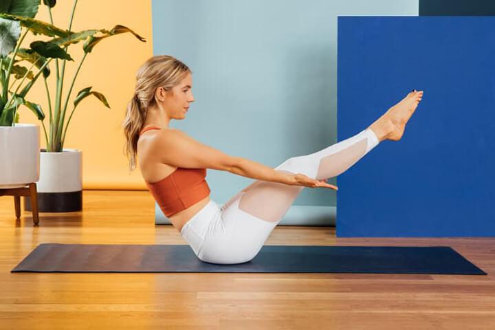 Bài tập Yoga giúp eo thon với tư thế con thuyền