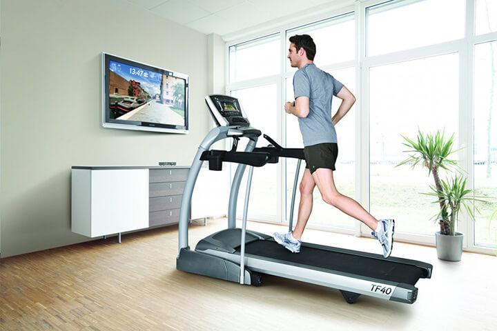 Bảo quản máy chạy bộ đúng cách giúp tăng tuổi thọ của máy chạy.