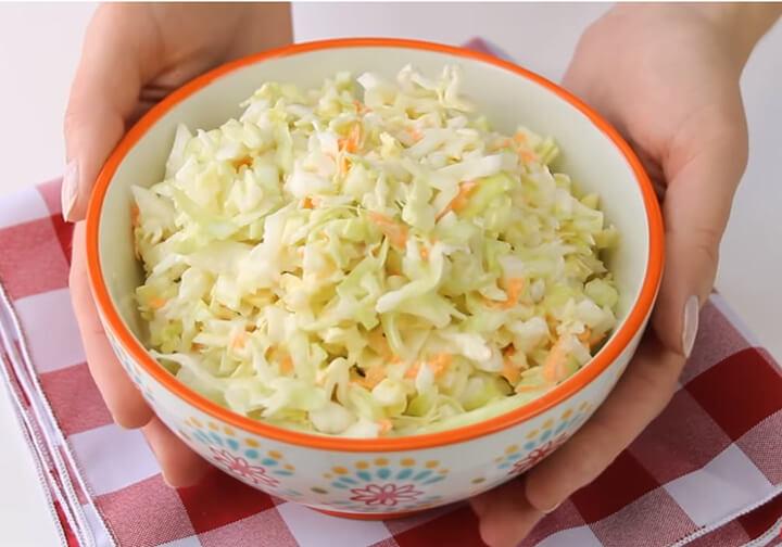 Salad bắp cải hỗ trợ giảm cân nhanh chóng