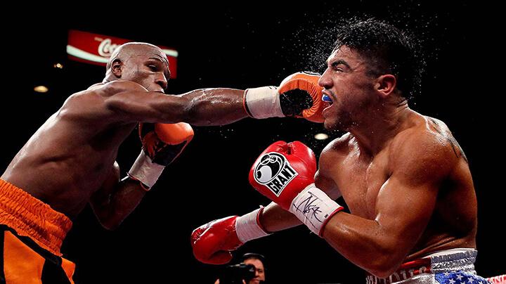 Boxing sử dụng những cú đấm để tấn công đối phương