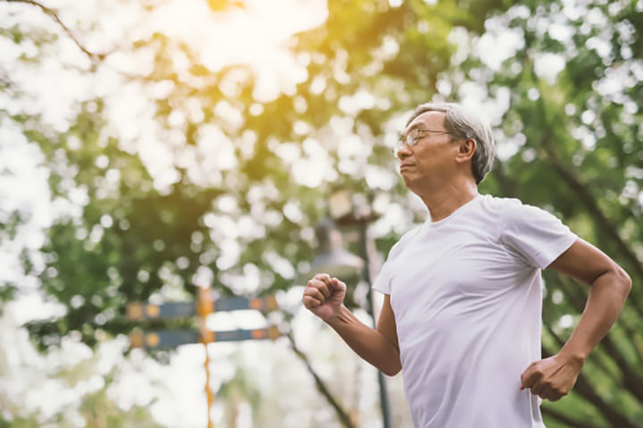 Tập thể dục thường xuyên giúp người cao tuổi khỏe mạnh hơn