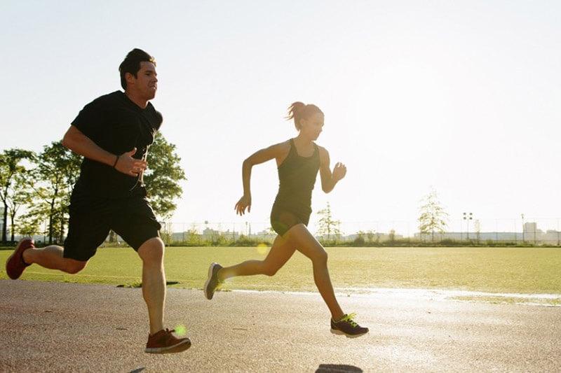 7 tác dụng của chạy bộ buổi chiều với sức khỏe bạn cần biết