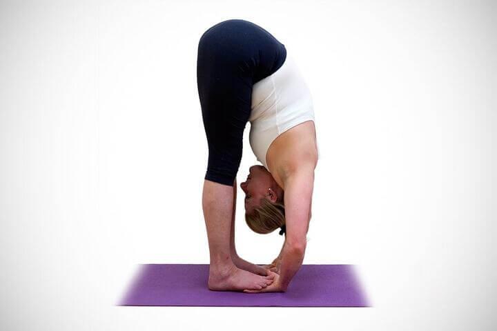 Tư thế Padahastasana giúp hệ tiêu hóa hoạt động tốt hơn, tăng cường sức khỏe tinh thần và thể chất.