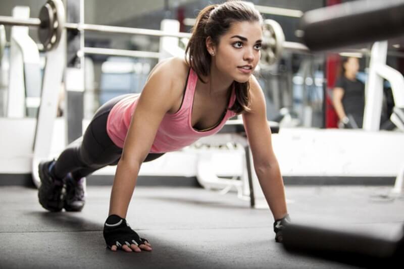 [Hướng dẫn] Cách hít đất không mệt, hít được lâu từ HLV Gym