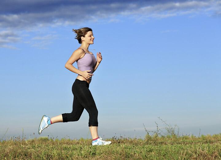 Ngoài cách tăng cân bằng sữa ông thọ, tập thể thao đều đặn cũng là một cách giúp bạn tăng cân, tăng cơ hiệu quả đấy.