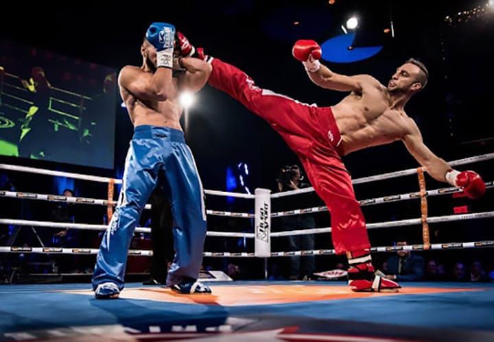 Kickboxing là bộ môn được đánh giá giúp tăng cường nhịp thở, nhịp tim