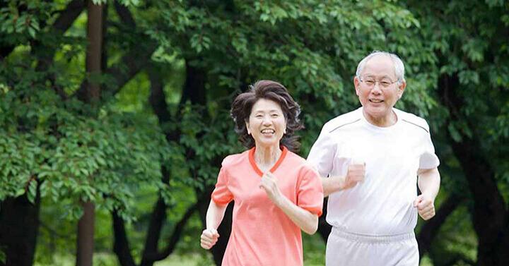 Tập thể dục thường xuyên giúp người cao tuổi sống vui, khỏe mạnh hơn
