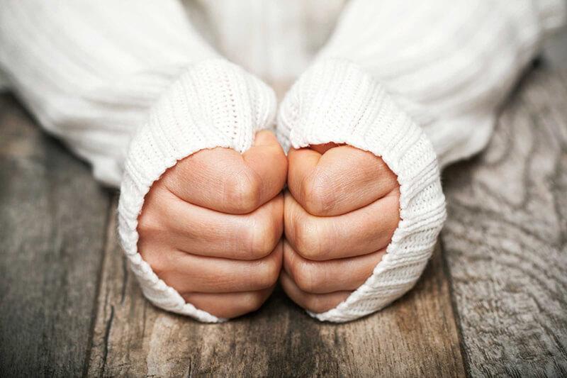 Cách khắc phục triệu chứng chân tay lạnh vào mùa đông