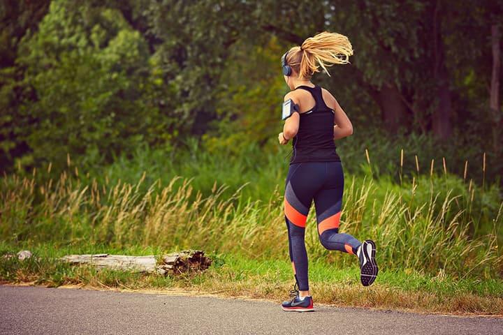 Chạy bộ từ 30 - 60 phút mỗi buổi với lịch tập 5 buổi/tuần là lượng thời gian lý tưởng cho bạn để chạy bộ giảm cân