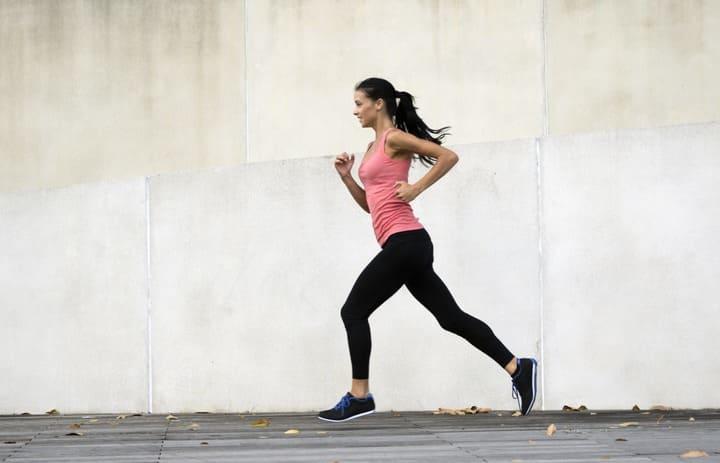 Chạy bộ đúng tư thế giúp tăng hiệu quả đốt cháy calo đáng kể