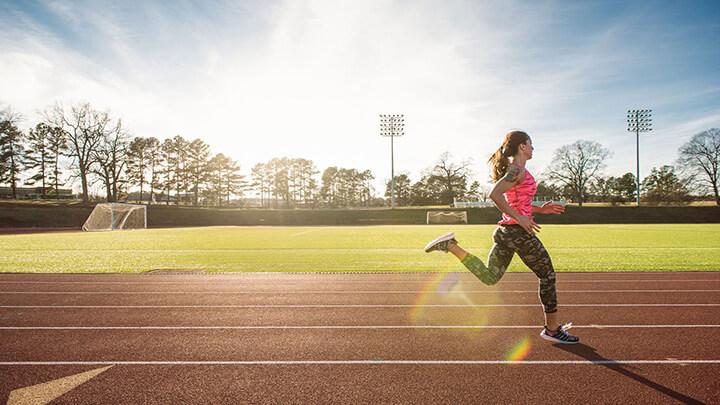 Chạy bộ buổi sáng là một cách thư giãn, thả lỏng cơ thể