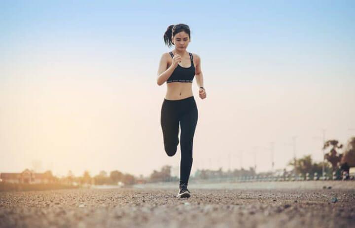Áp dụng đúng kỹ thuật chạy bộ giúp bạn nhanh chóng đạt được mục tiêu tập luyện.