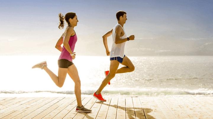 Chạy bộ là bí quyết đốt cháy calo mỡ thừa rất hiệu quả cho bạn.