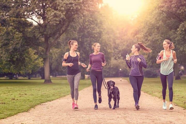 Chạy bộ mỗi ngày giúp bạn tiết kiệm thời gian và chi phí đến phòng Gym