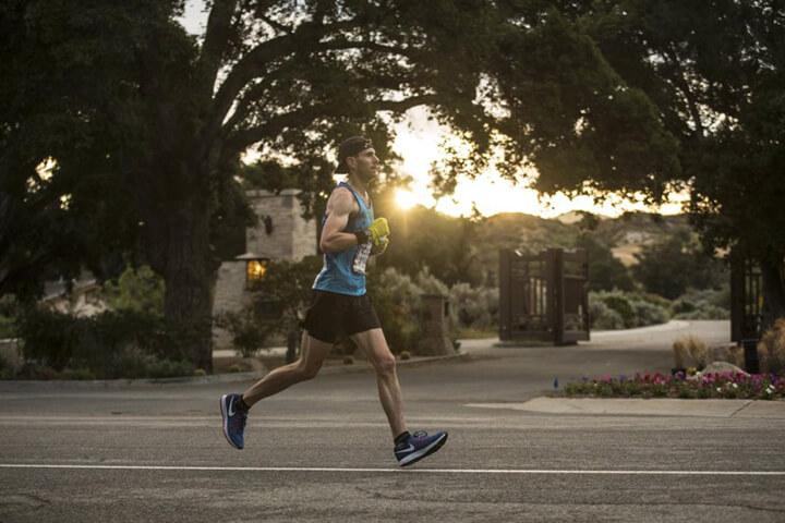 Chạy bộ có to bắp chân nếu bạn chạy với cường độ cao.