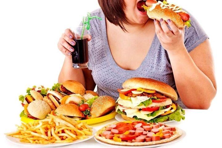 Ăn quá nhiều sau khi chạy khiến bạn tăng cân nhanh hơn