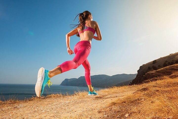 Tác dụng của chạy bộ là gì mà có thể giúp bạn vừa làm đẹp vóc dáng lại rất tốt cho sức khỏe tinh thần lẫn thể chất?