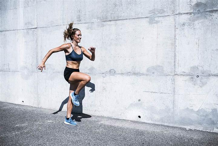 Chạy bộ tại chỗ là động tác thể dục dễ thực hiện