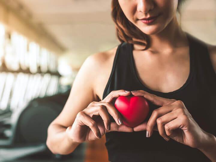 Chạy bộ tại chỗ thường xuyên giúp bạn có trái tim khỏe mạnh hơn