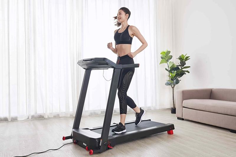 Chạy bộ trên máy có tốt không? Cách chạy hiệu quả tốt nhất?