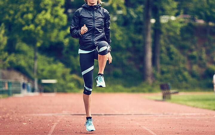 Chạy bộ tại chỗ với cường độ càng cao thì lượng calo đốt được càng lớn