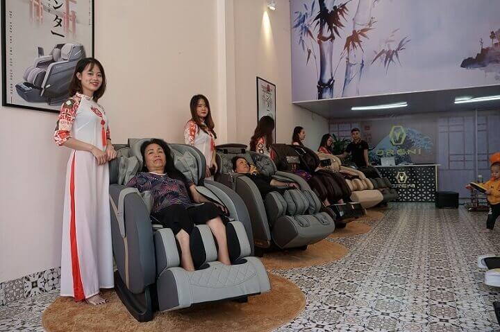 Bạn nên chọn nơi bán ghế massage uy tín, chất lượng.